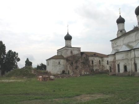 Макарьево-Унженский монастырь. Благовещенская церковь. (Полуразрушена).